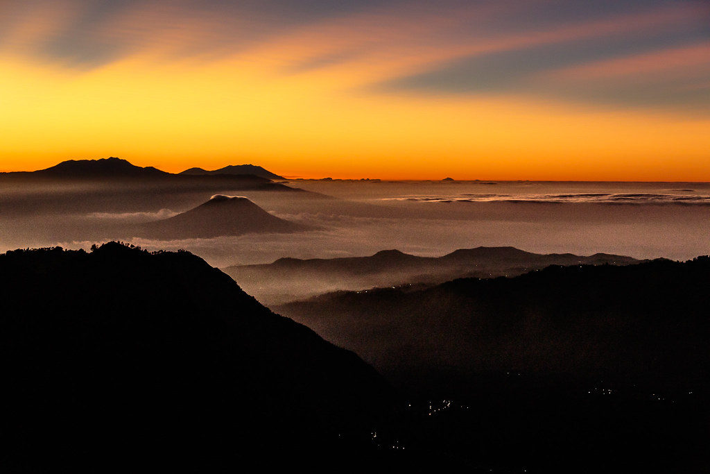 sunrise seruni point bromo